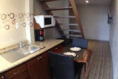 Livit guest suite - studio-kitchen